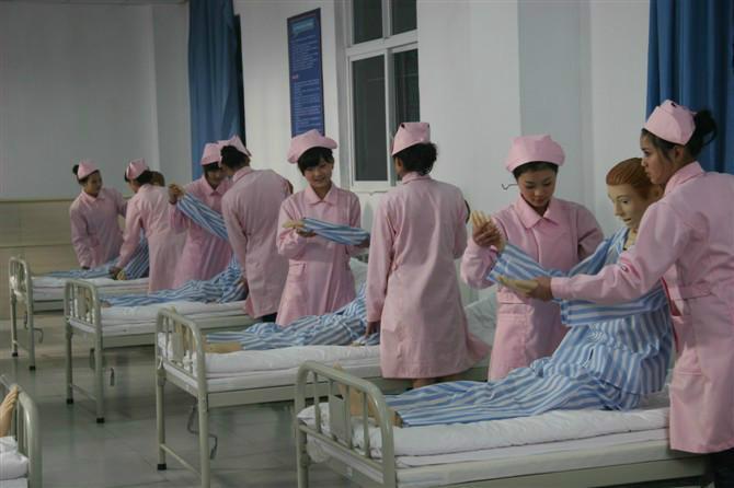 衡阳高考分数不高学护士专业学校在哪里
