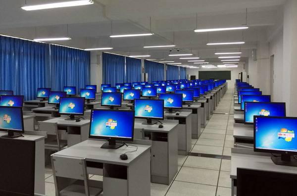 常德高考落榜学计算机专业报名时间