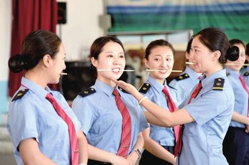 河南有什么五年一贯制中专技校河南省商务学校