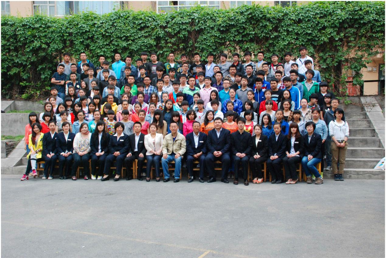 高复生新疆喀什地区2021报考高考复读班好吗
